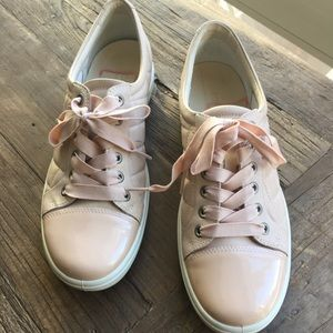 ECCO blush/pink quilted tennis shoes